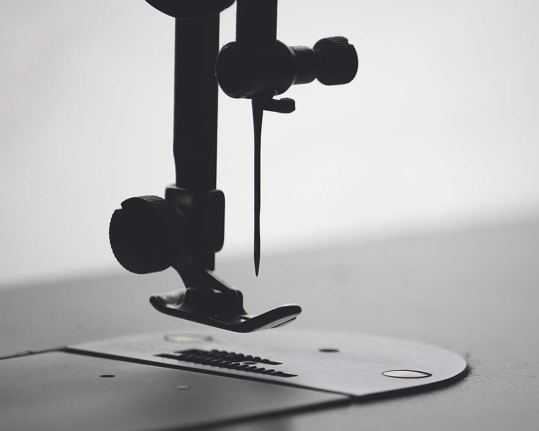 De grote schaar kledingreparatie stomerij purmerend foto